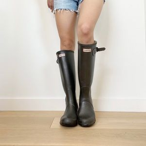 Hunter Women's Original Tall Rain Boots Size 8